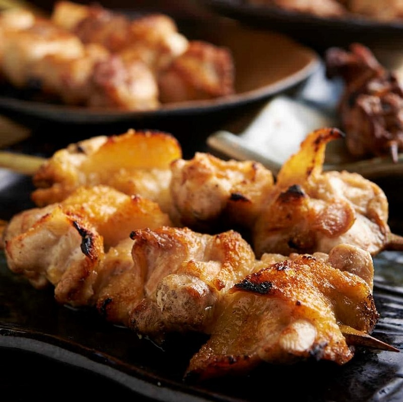 焼き鳥をはじめ人気の鶏料理が食べ放題で楽しめる大井町の居酒屋「とりいちず」