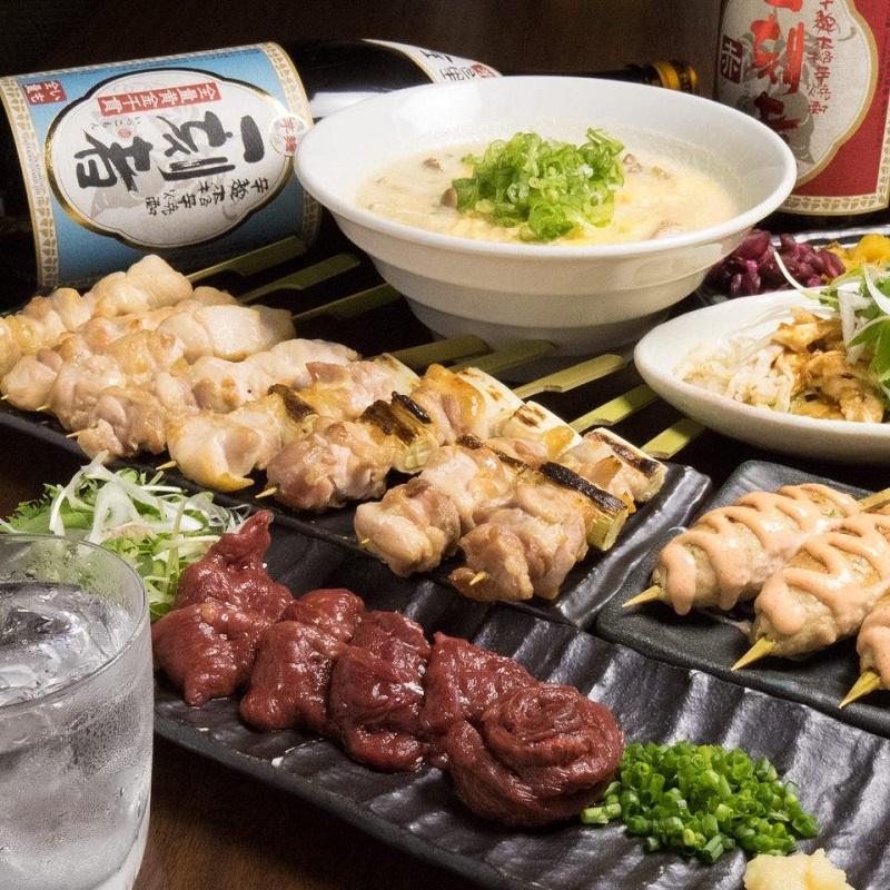 大井町の居酒屋「とりいちず」で馬刺しと焼鳥を満喫する宴会